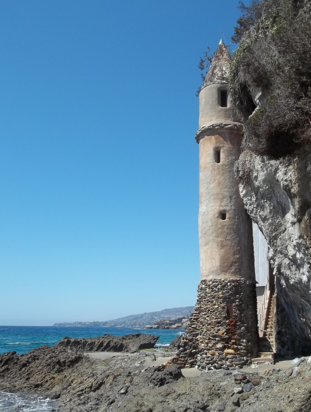 seaside tower Laguna by DS