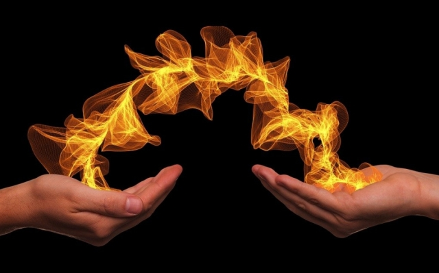 hands-flame by Gerd Altmann on Pixabay cropped