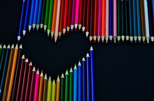 colored-pencils-heart Pixabay
